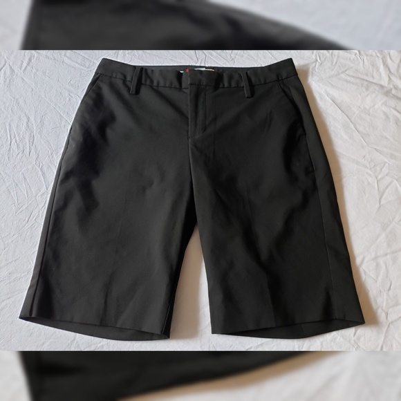GAP Pants - GAP Bermuda Trouser Black Shorts Size 4